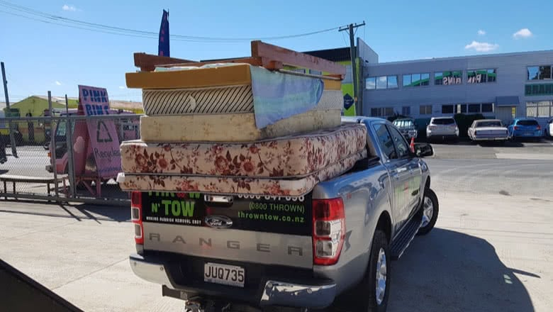 furniture removals mauckland